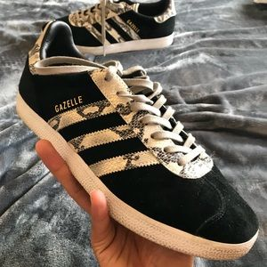 customize adidas gazelle